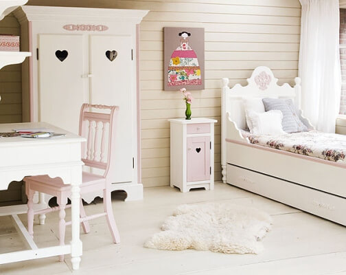 decorating-your-daughters-bedroom